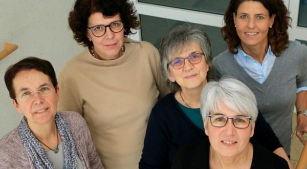 Team Gesundheitskolleg e. V., Dr. med. Magret Schwab, Dr. med. Sabine Hofmann, Bärbel Kaisinger, Rose Haizmann, Karin Dittmar